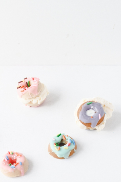 how-to-mini-candy-donuts-diy