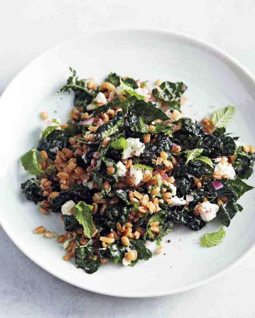 marinated-greens-salad-0468-mld111000_vert